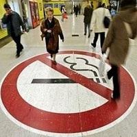 Курение отбирает у мужчин 9 лет жизни, считает Онищенко