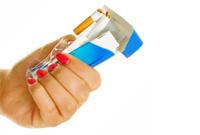 Не можете бросить курить совсем — курите меньше