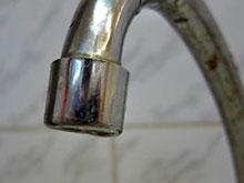 Грязная вода вызвала массовое отравление в индийском штате