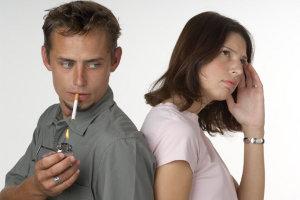 Курильщикам рекомендуется хотя бы сократить количество сигарет