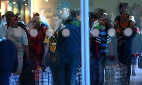 Всех прилетающих в Домодедово пассажиров проверяют на вирус Эбола