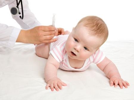 Доклад: детские вакцины за 13 лет подорожали в 68 раз