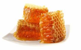 Как мед избавляет детей от кашля
