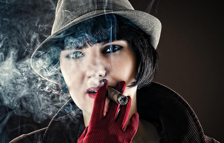 В российских сериалах стали меньше курить