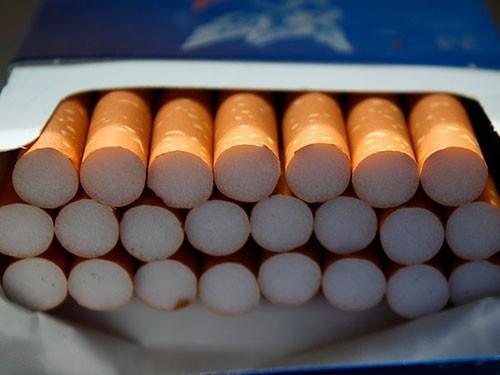 Минздрав просят запретить брендированные пачки сигарет
