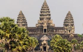 Камбоджийский врач заразил ВИЧ почти 300 человек