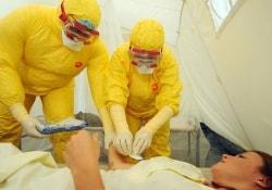 Рецидив лихорадки Эбола возможен у 10% излечившихся больных