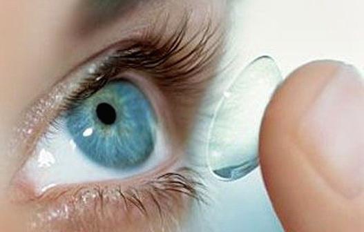 Покупаем контактные линзы