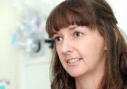 Медицинская сестра, дважды переболевшая лихорадкой Эбола, выписалась из больницы