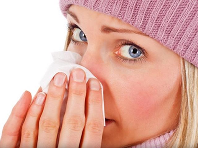Нос не дышит: лечим насморк