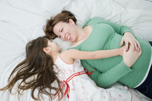 Предпочтительные позиции тела во время сна беременной