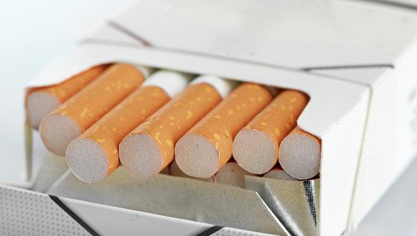 Минздрав: в России не курит большая часть населения