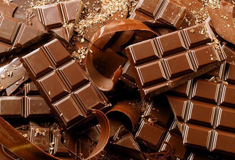 Шоколад лечит кашель лучше, чем лекарства