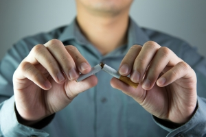 Эксперты рассказали, как нужно бросать курить