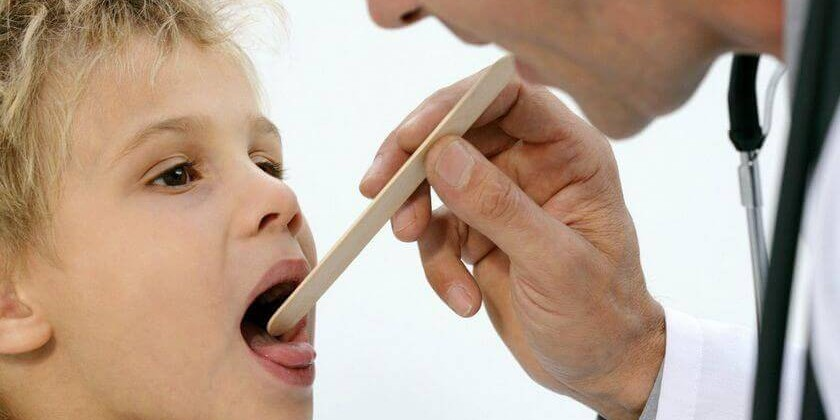 Поражение слизистых оболочек рта – губительное влияние герпеса