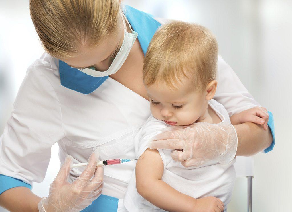 Прививки уберегут от 40 болезней, — МОЗ