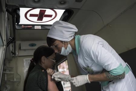 Жителей Перми экстренно прививают от гепатита А