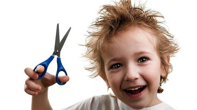 Выпадение волос у детей — причины и лечение
