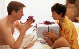 Женские хитрости: как заставить мужчину дарить подарки