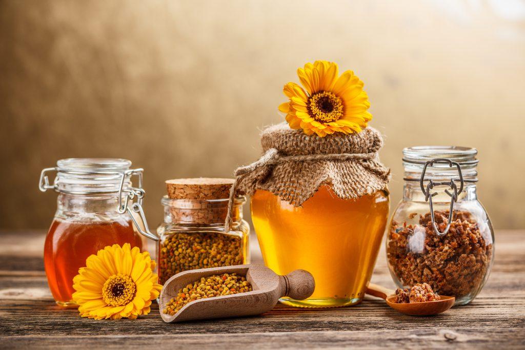 Пять причин использовать мед вместо сахара