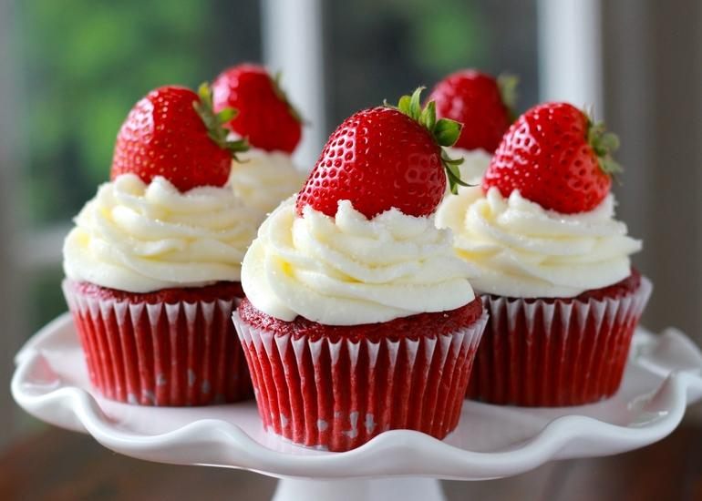 Зачем исключать сладости из рациона и чем их заменить?