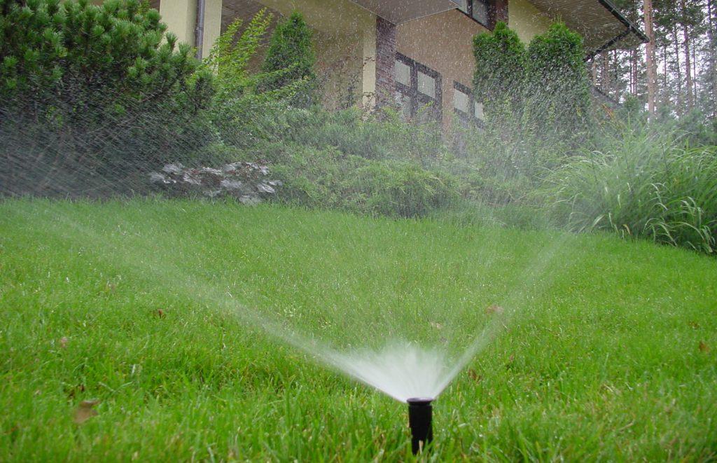 Организация автоматического полива газона