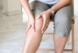 Врачи назвали продукты, которые помогут при артрите