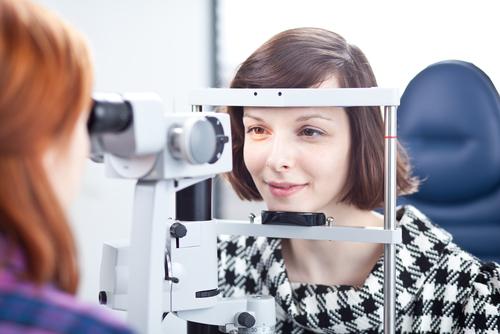 Своевременная проверка зрения — путь к здоровью глаз
