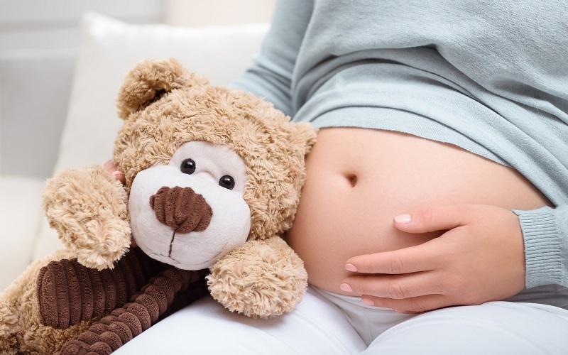 У ВИЧ-положительной матери отобрали ребенка на второй день после родов