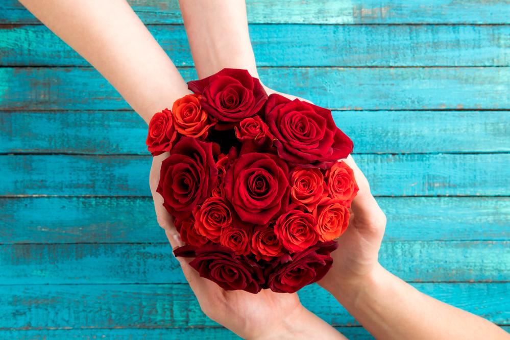 Какие цветы преподнести на 8 марта любимой?