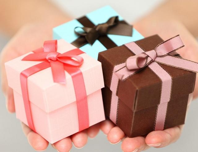 День Рождения мамы — выбираем лучший подарок
