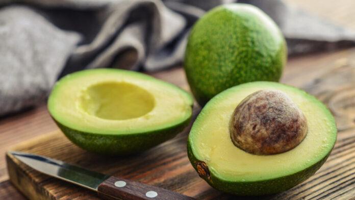 Медики назвали главные причины включить авокадо в свой рацион