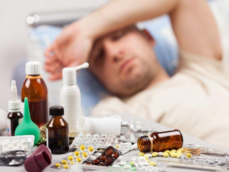 У некоторых людей простуда может вызывать опасные осложнения вплоть до смерти