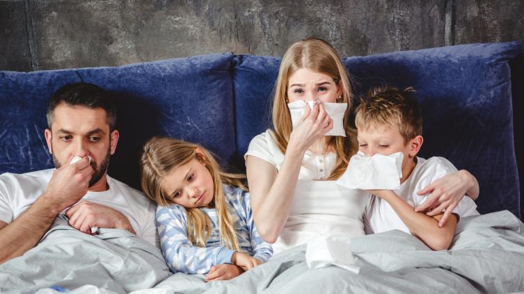 Эксперты развеяли мифы о лечении коронавируса